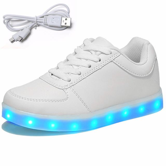 Nuevo 2016 niños cesta de carga usb glowing luminoso niños shoes con luz led up casual shoes para niño y niñas zapatillas enfant