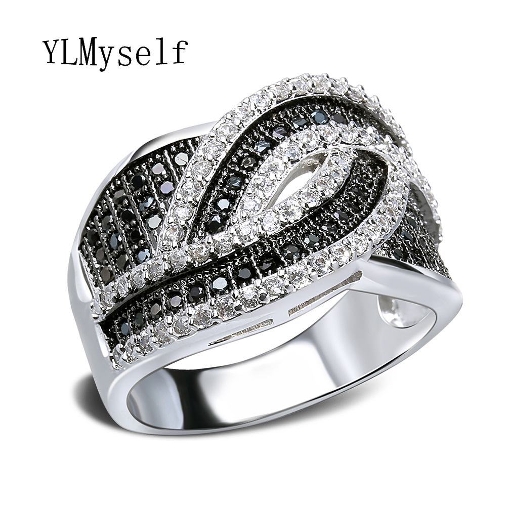 2018 Hot Sale trendy jewelry 2 tone color lines design Copper Rings anel bague femme cristal Crystal Black and white women ring