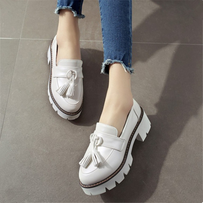 2017 New British Style Women Oxfords Spring Flats Vintage Tassel Round Toe Casual Ladies Platform Shoes Woman Plus Size 34-43 plus size 34 43 new platform flat shoes woman spring summer sweet casual women flats bowtie ladies party wedding shoes