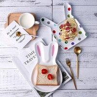 Nuevo Bebé Infantil Lindo conejo de dibujos animados de Cerámica Forma de Alimentación Plato de Fruta Merienda Platos Niños Vajilla