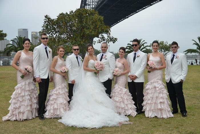 Hot White Men Suits Groomsmen suits Business Men Formal Costumes ...