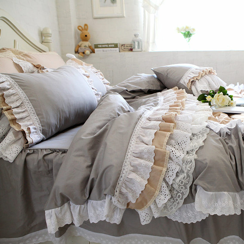 Top Luxury cake layers bedding set ruffle duvet cover lace bed skirt Embroidery European bedroom textile elegant pillowcase sale