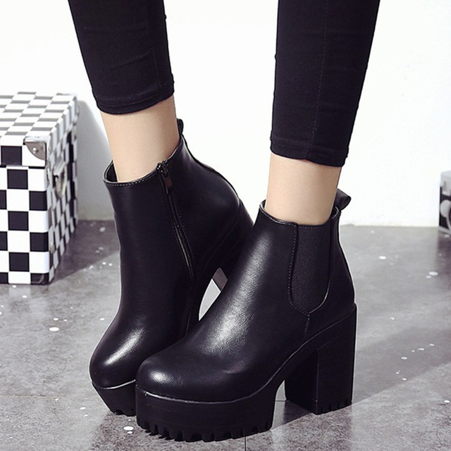 c7506ba7879 US $17.42 35% OFF Chunky Heel Ankle Boots Women Winter New Motorcycle Boot  Autumn Platform Zip Fashion Chelsea Shoes Ladies Casual High Heel Pumps-in  ...