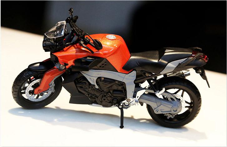 High imitation K1300R motorcycle model, 1: 12 allo...