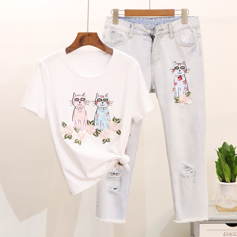 New Fashion Vintage Jeans Suit 2018 Summer Womens Embroidered Sequin Cat Short Sleeve T - Shirt + Hole Jeans Set Two-piece Suit