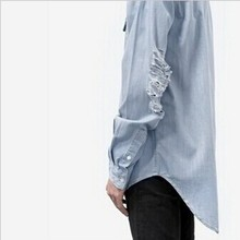2016 Mens Ripped Extended Denim Shirt Long Sleeve Fashion Men's Longline kanye west Jeans Shirt Destroyed Men Hip Hop Shirts  z4
