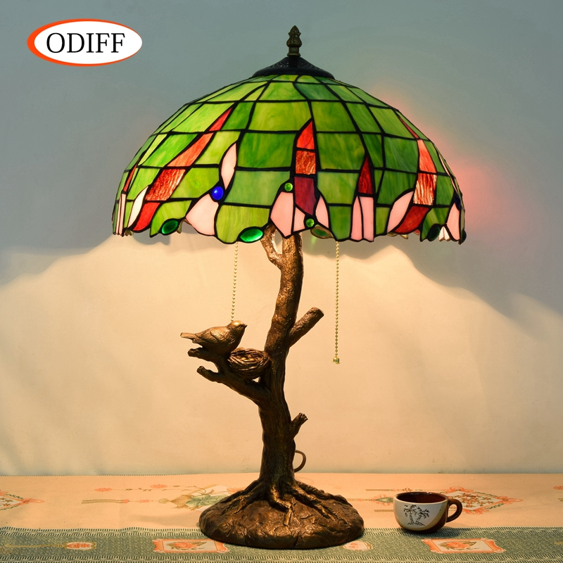 Eusolis 16-inch Stained Glass Vintage Table Lamp Multicolored Glass Lamparas De Mesa Para El Dormitorio Art Home Decoration eusolis 12 inch stained glass table light mosaic lamper lamparas de mesa para el dormitorio bedside lamp art deco abajur