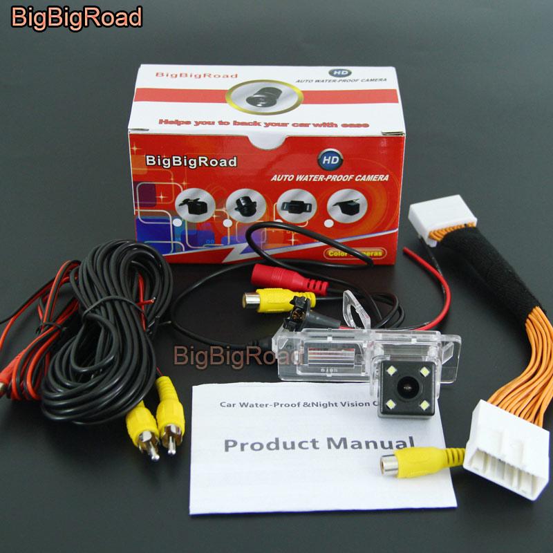 цена на BigBigRoad Car Rear View Camera With RCA Port Adapter For Renault Clio 4 IV 2012 2013 2014 2015 2016 2017 / laguna III 2010