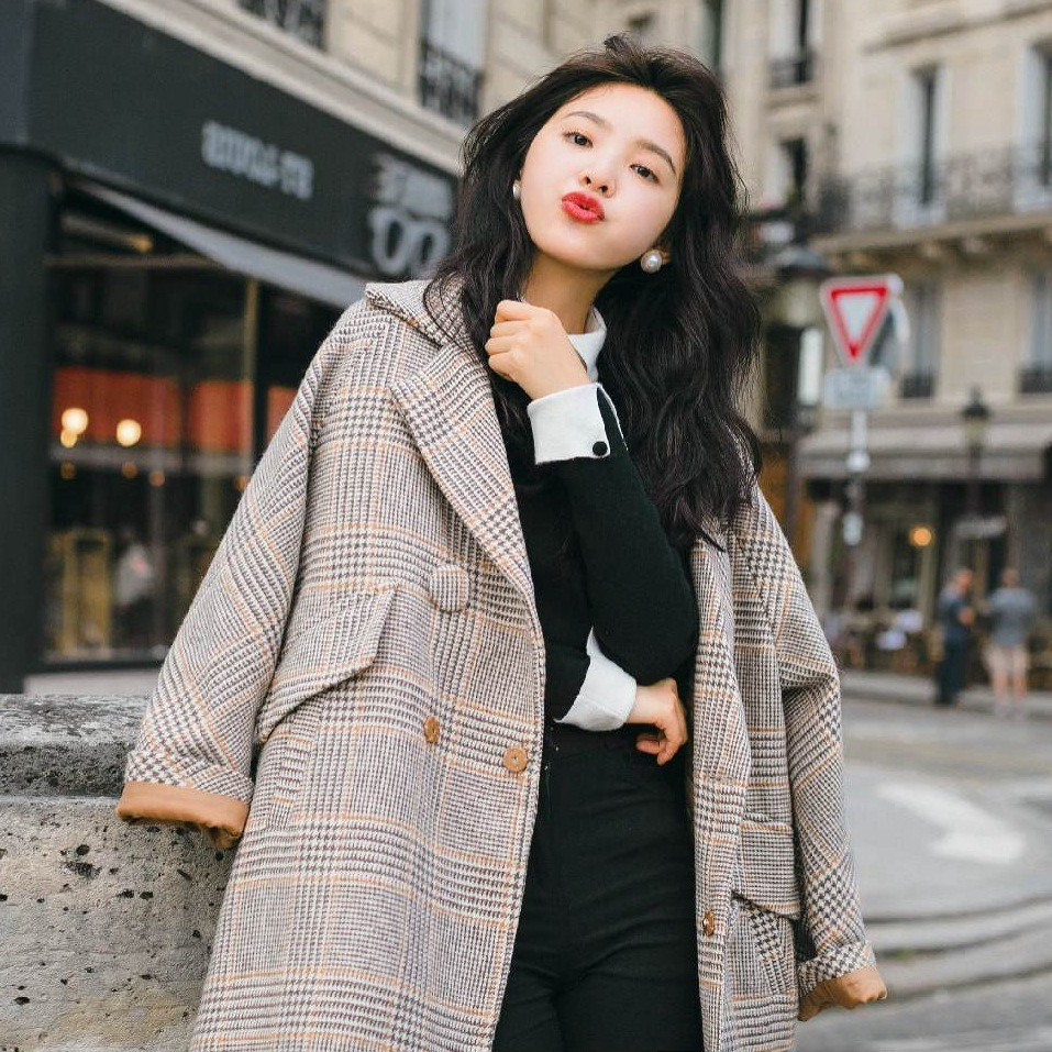 Vintage Chic Plaid Woolen Loose Coat Woman Tailored Collar Short Wool Overcoat Casual Winter Outerwear