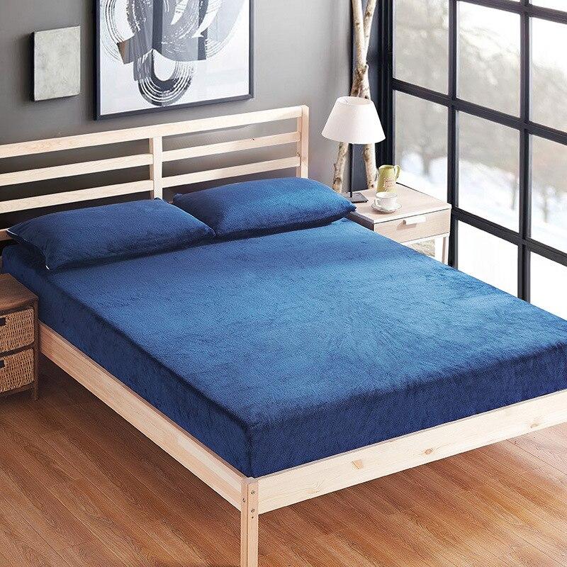 Panno Morbido di inverno lenzuolo set solido flanella foglio elastico + 2 federa bed cover set 3 pz caldo biancheria da letto peluche coprimaterasso