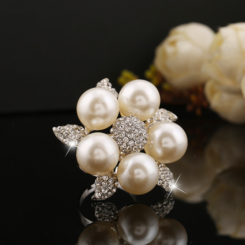 Rainbery Silver Pearl Rings  1