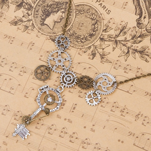Creative Gear Wheels and Key Decorated Metal Steampunk Pendant Necklace