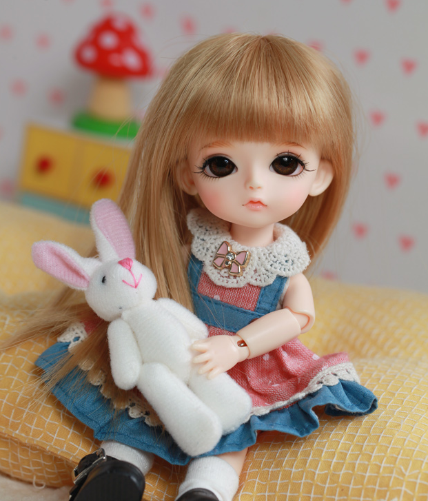 Free shipping 1 8 Bjd doll yellow benny