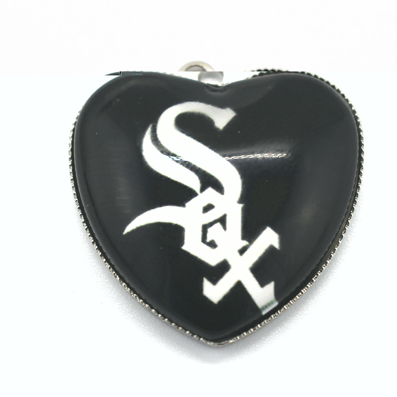12pcs US Heart Chicago White Sox Charms Baseball Sports Dangle Charms Pendants DIY Jewelry Accessory Floating Hanging Charms