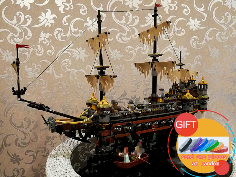 16042 2344Pcs Pirate Ship Series The Slient Mary Set Children Educational Building  Model Gift 71042  Toys lepin 16042 2344pcs the slient mary set new pirate ship series children educational building blocks bricks toys model gift 71042