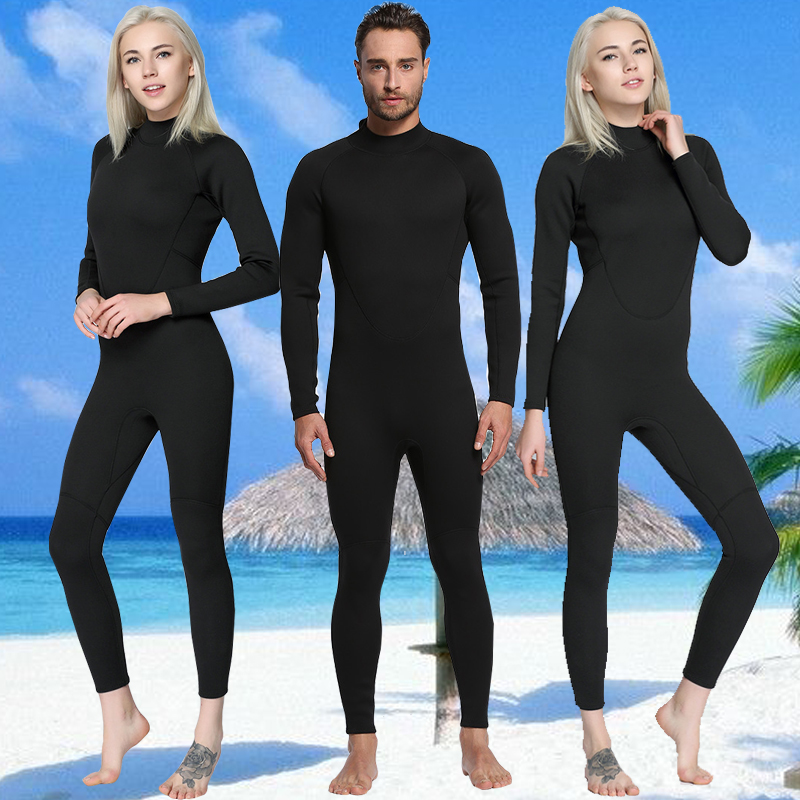 man and woman 2 mm wetsuit discount diving dive surf keep you afloat
