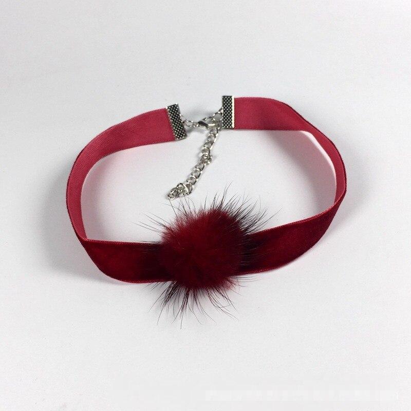HTB1uFAMNVXXXXXTXFXXq6xXFXXXx Trendy Girl Choker Necklace With Fur Pendant