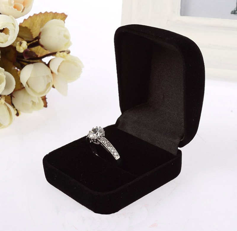 New Design Jewelry Boxes Organizers Charming Square Velvet Ring