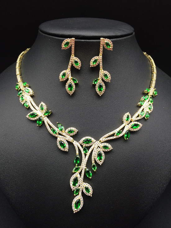 2018 NEW fashion luxury elegant green zircon necklace earring set golden,wedding bride banquet dress dinner popular jewelry set women s elegant pendant necklace ring w zircon ornament set golden green