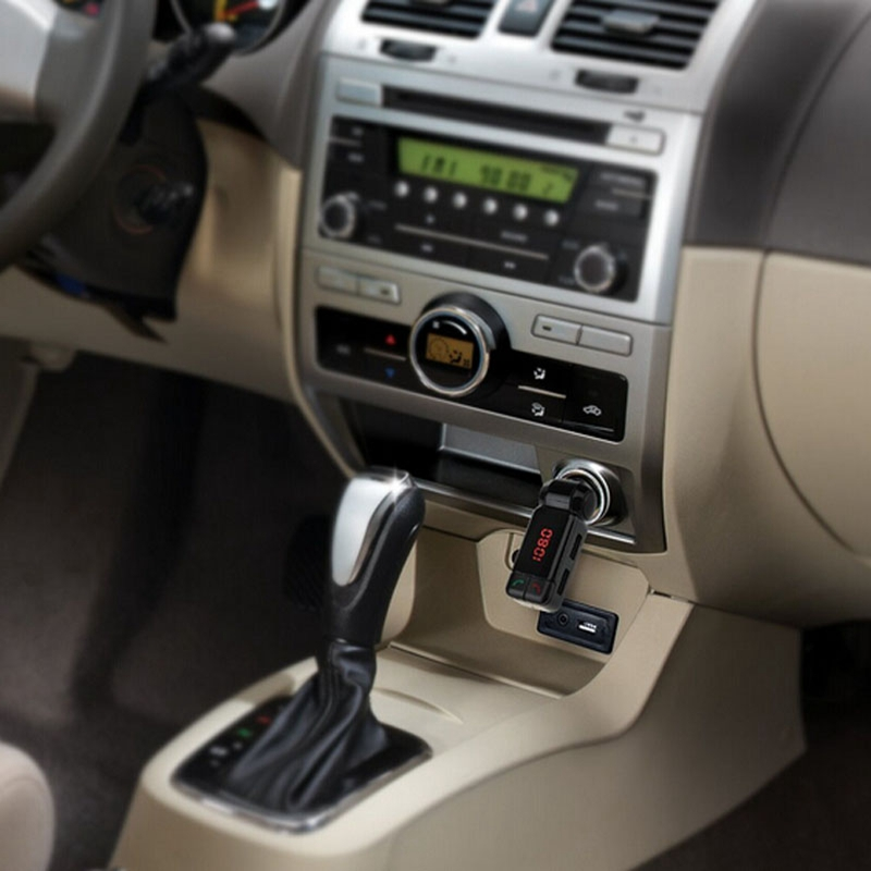 Car MP3 Music Player LCD Bluetooth Car Kit MP3 FM Transmitter USB Charger Handsfree For iPhone Latest styles @113