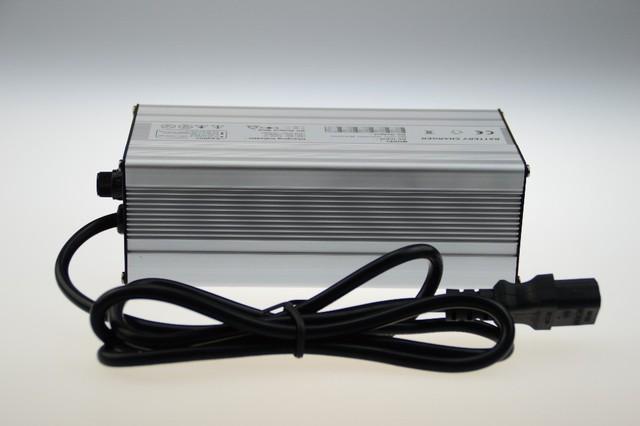 42V8ALithium cargador de batería e-bici de la alta calidad
