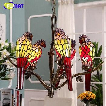 FUMAT Papagaio Tiffany Pingente Luzes Do Jardim Criativo Manchado Lâmpada De Vidro Para Sala de estar Europeu Bar Luzes Pingente de Aves Papagaio
