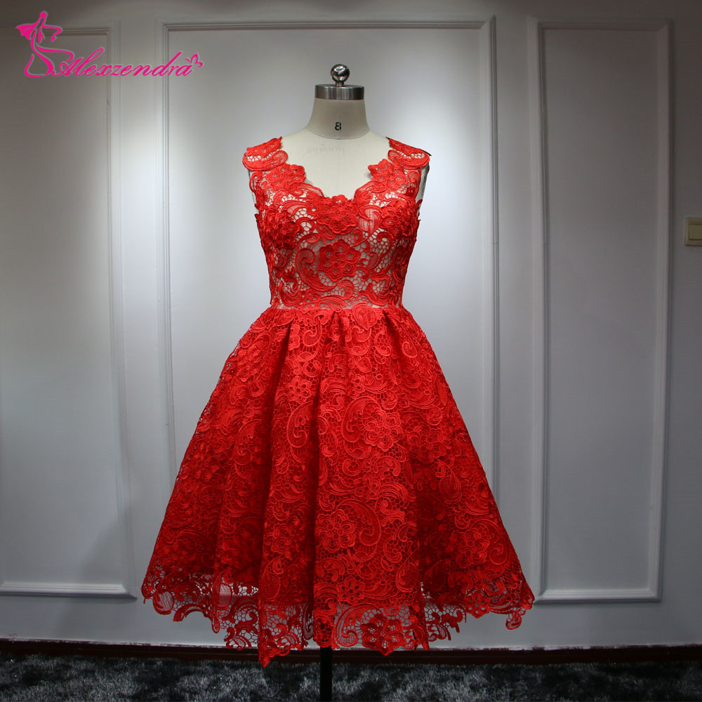 Real Photos Red Short Lace Wedding Dress V Neck Cap Sleeves Wedding Gowns Beach Wedding Dresses vestido de noiva
