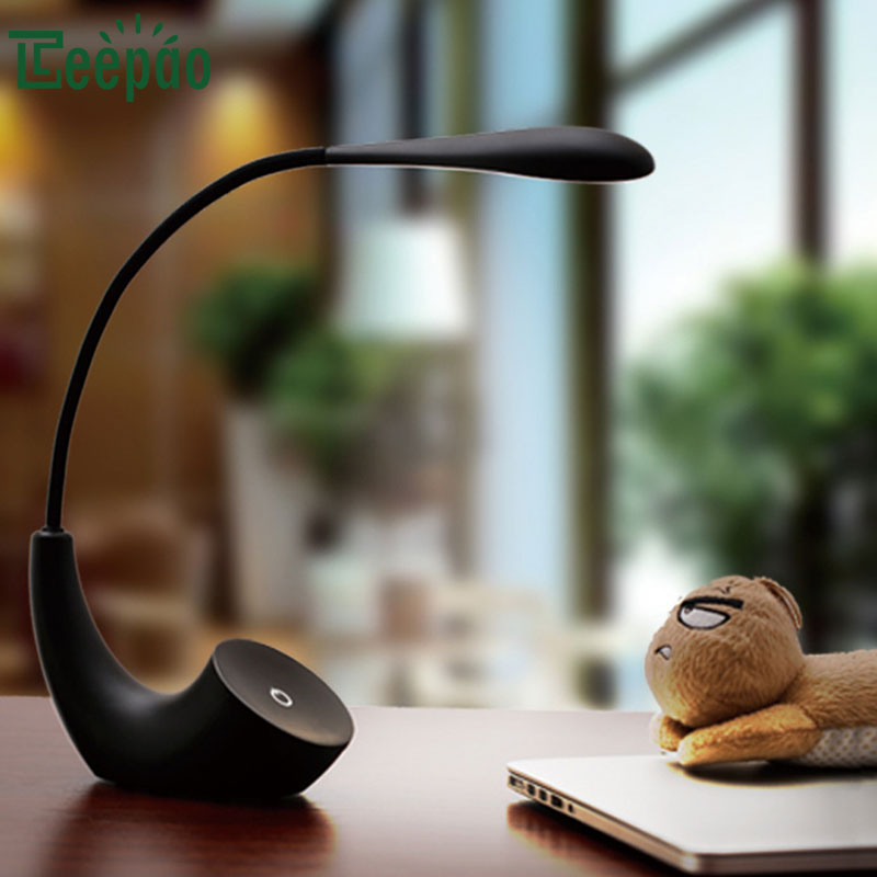 Haute Qualité Réglable LED Lampe de Bureau USB Rechargeable Lampe De Table Tactile commutateur Dimmable Lampe De Table protection des Yeux Luminarias