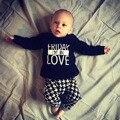 Хорошее качество baby boy одежда наборы хлопок девушка новорожденный одежда осень с длинным рукавом буквы футболку + брюки младенческая 2 шт. костюм