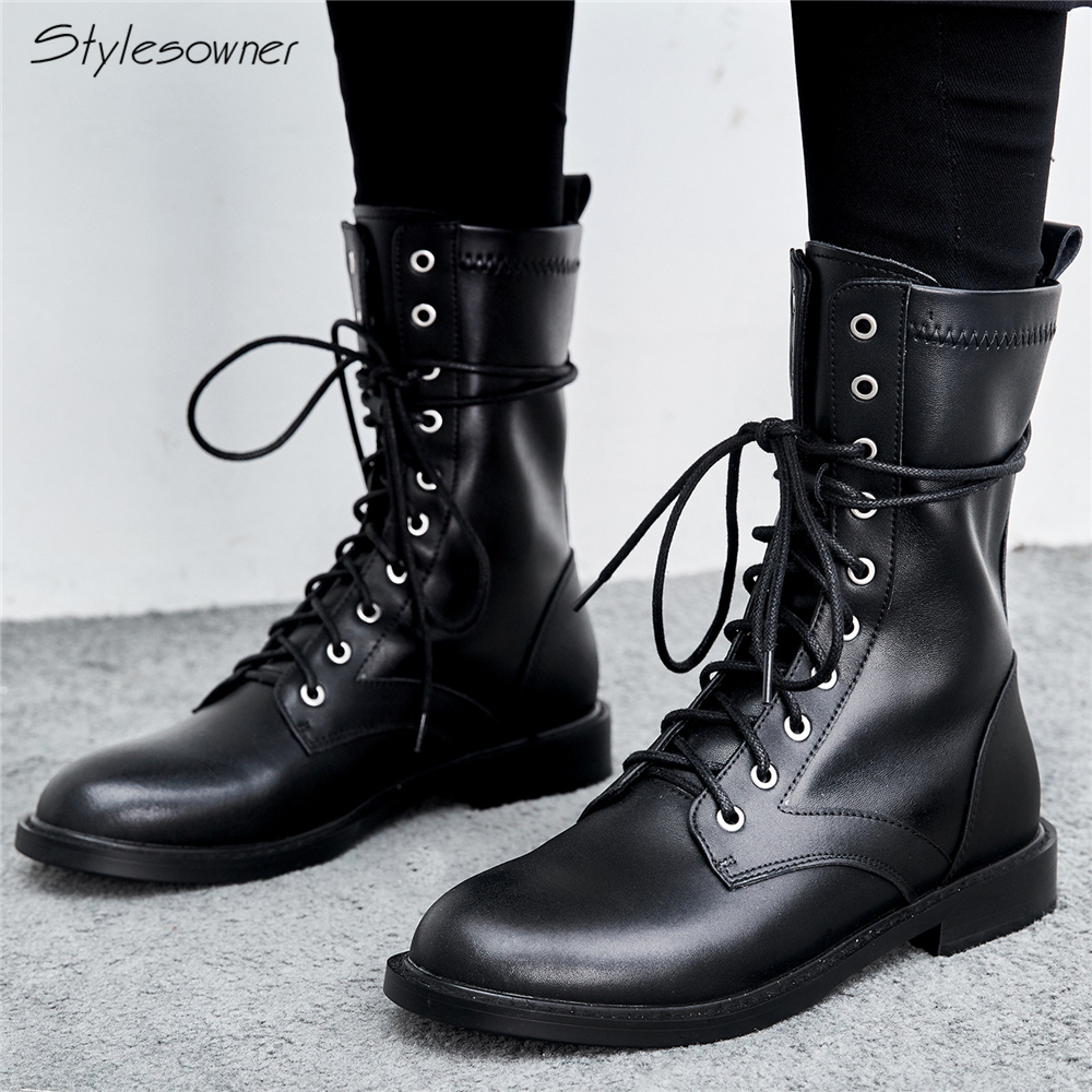 Stylesowner Women Black Lace Up Motorcycle Boots Real Cow Leather Laces Ankle Boots Short Heels Retro Fashion Brand Design Shoes retro engraving and lace up design women s sweater boots