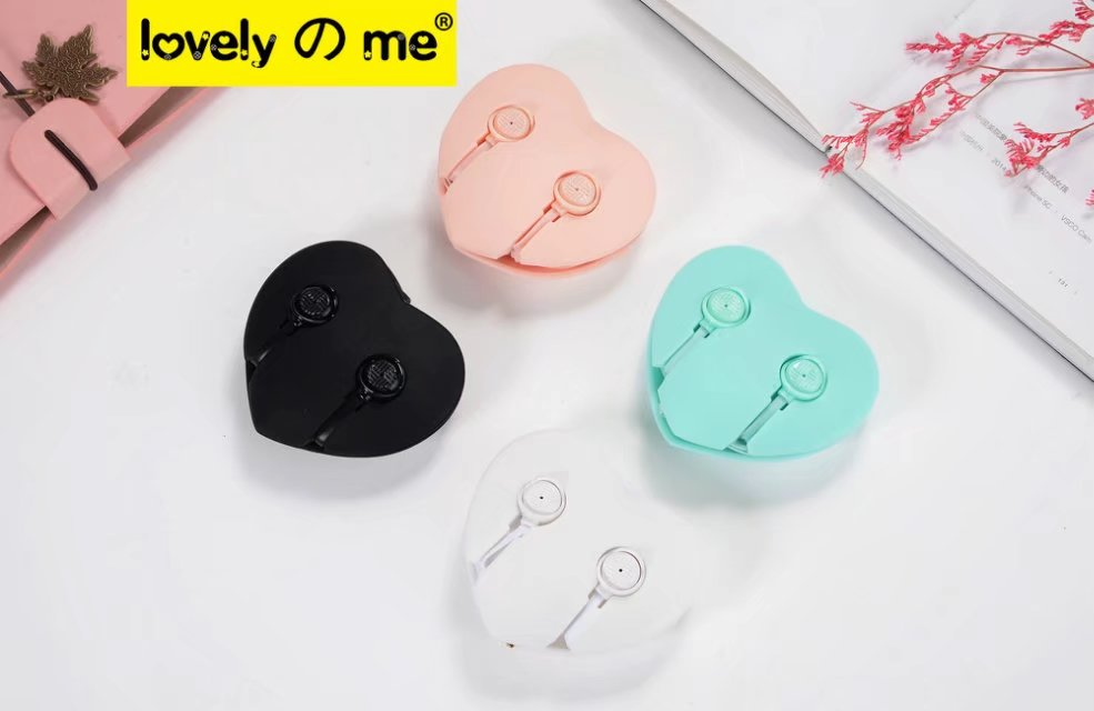 KEEKA Cute Wired Earphone Lovely Candy Color Heart Earbud case bag in-ear Universal for smartphone mp3 for children