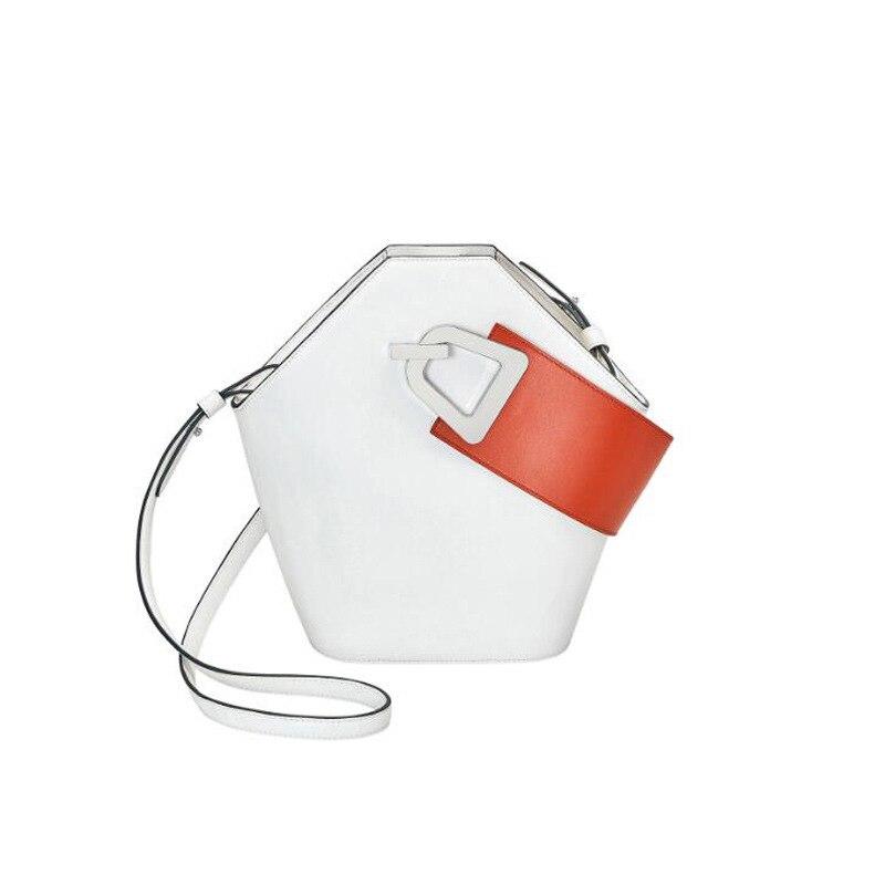 Blascher nuevo bolso de hombro ancho de cuero Paquete de cubo de diseño nuevo producto Simple Color de colisión bolso de mano para mujer LA24-in Bolsos de hombro from Maletas y bolsas    1