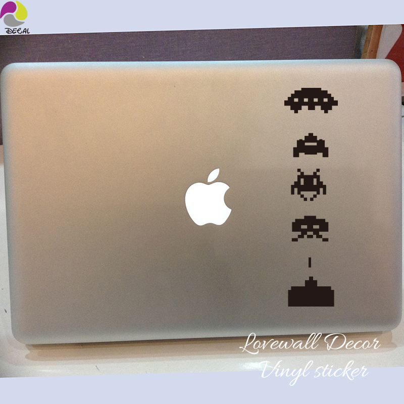 Space Invaders <font><b>wall</b></font> <font><b>sticker</b></font> Kids Room Child room <font><b>Retro</b></font> Classic Video Game Car Laptop Vinyl Decal <font><b>Sticker</b></font> Home Decor image