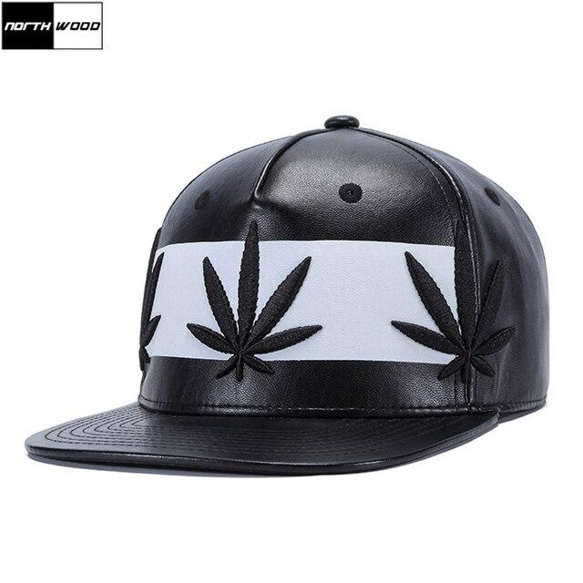 Gorra de béisbol Hip Hop de cuero PU de alta calidad Gorras Planas Snapback  gorra negra c7ed1a68988