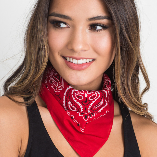 6b573c0b530 Women s Multifunctional Square Bandana Scarf Totem Print Casual Fashion  Four Seasons Scarf Head Wrap Kerchief Neck
