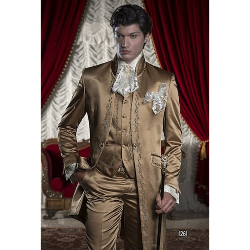 2018 Custom Made Slim Fit Embroidery Groomsmen Tuxedos (Jacket+Pants+Vest) Groom Wedding Men Suit Set Prom Mens Suits Blazers