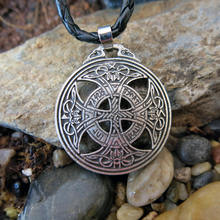 1pc Dropshipping Vinkings Necklace RUNE Pendant Large Celttic Knot Love Viking Norse Rune Pendant Wiccan Pagan Asatru Jewelry