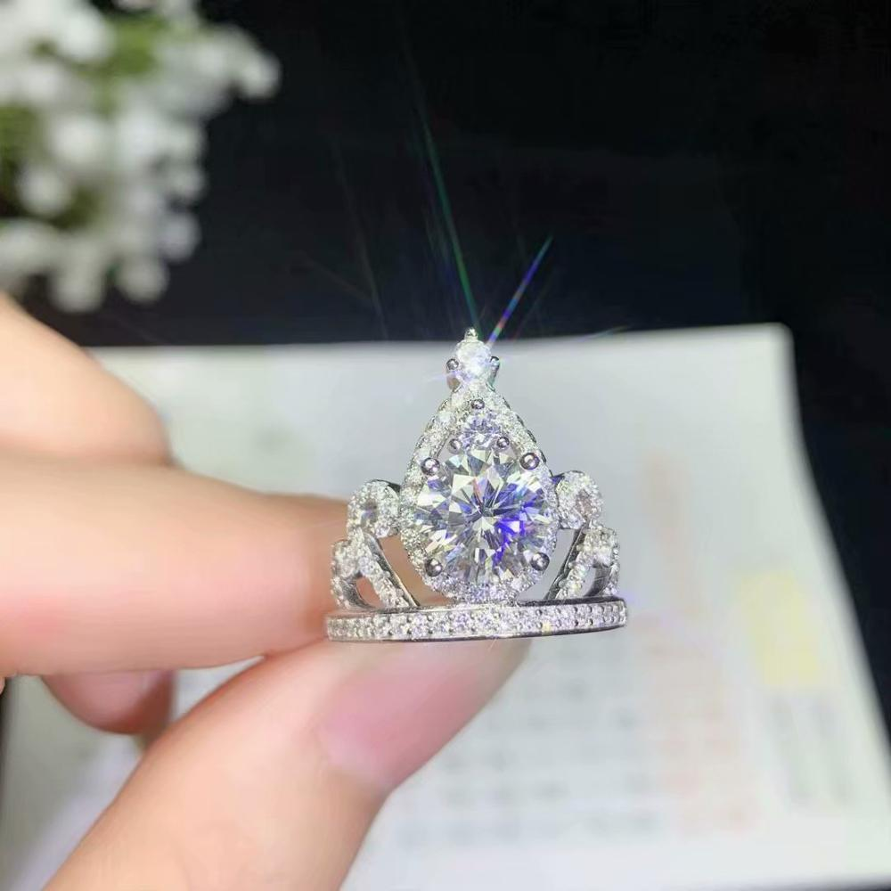 queen crackling  gemstone crown ring for women jewelry gift  pouring in the sunqueen crackling  gemstone crown ring for women jewelry gift  pouring in the sun