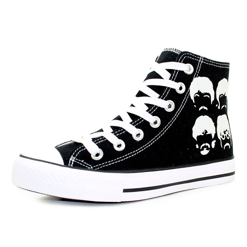 New Fashion Woman Lace Up Flat Casual Shoes Hand Painted Luminous Canvas Shoes Unisex High Top Sneakers Black Vulcanized Shoes