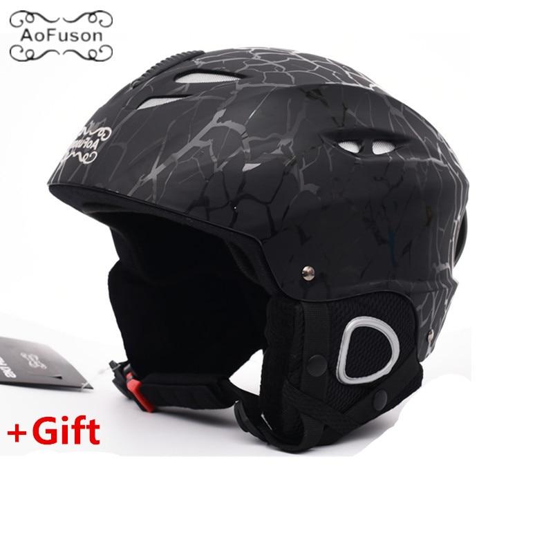 Ski Helmet Cover Safety Integrally-molded Breathable Warm Skating Skateboard Skiing Equipment Adjustment Size Winter Helmet цены
