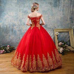 Image 2 - 8 שכבות שחור לבן כחול אדום רומנטי בציר זהב תחרת אפליקציות חתונת שמלות בתוספת גודל כלה שמלת סירת צוואר כבוי כתף