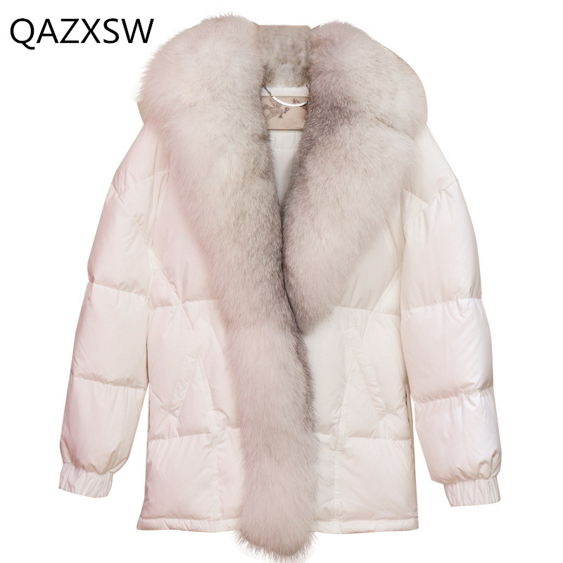 2019 Winter New Women's Down Jacket Large Fur Collar Long Sleeve Thick Warm 100% White Duck Down Coat Le171