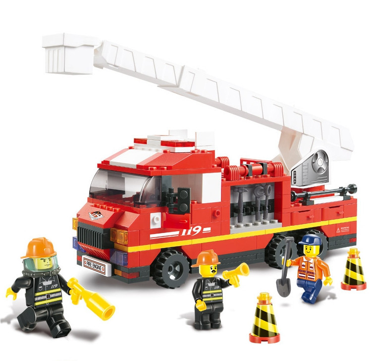 Sluban B0221 Fire Truck Building Blocks DIY  Educational 270PCS Plastic  Aerial Ladder Truck Sets Compatible With Lego jie star fire ladder truck 3 kinds deformations city fire series building block toys for children diy assembled block toy 22024