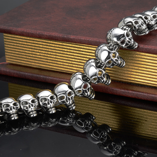 STAINLESS STEEL SKULL HEAD BRACELET