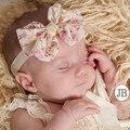 2015 nuevos productos calientes del bebé muchachas de la princesa grandes arco headwrap con flores de gasa venda elástico niños accesorios para el cabello TD27