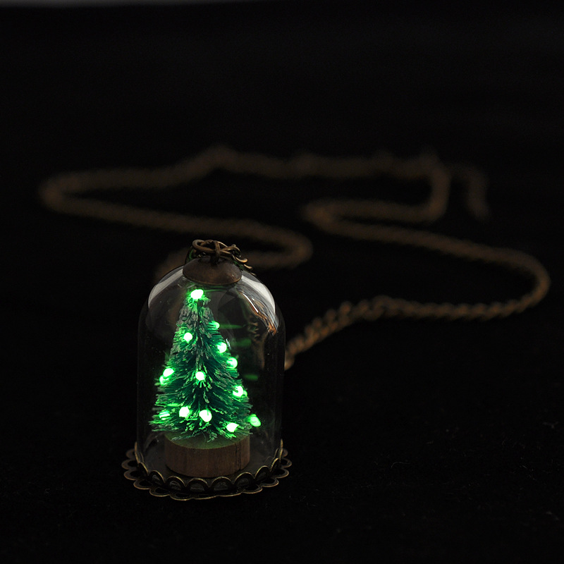 Newest Design Christmas Necklace Tree Glow In The Dark Christmas Gifts Necklace Women Glowing Jewelry MB