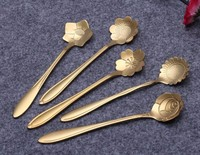 Stainless steel flower shaped gold-plated spoon The coffee stiring spoon Cherry blossom Sunflower etc beautiful flowers shaped