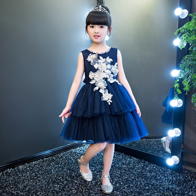5a6a53732 جديد الأزرق الداكن الاطفال الترتر فساتين زهرة الفتيات ثوب رسمية أنيقة عالية  الجودة التطريز طفل الفستان