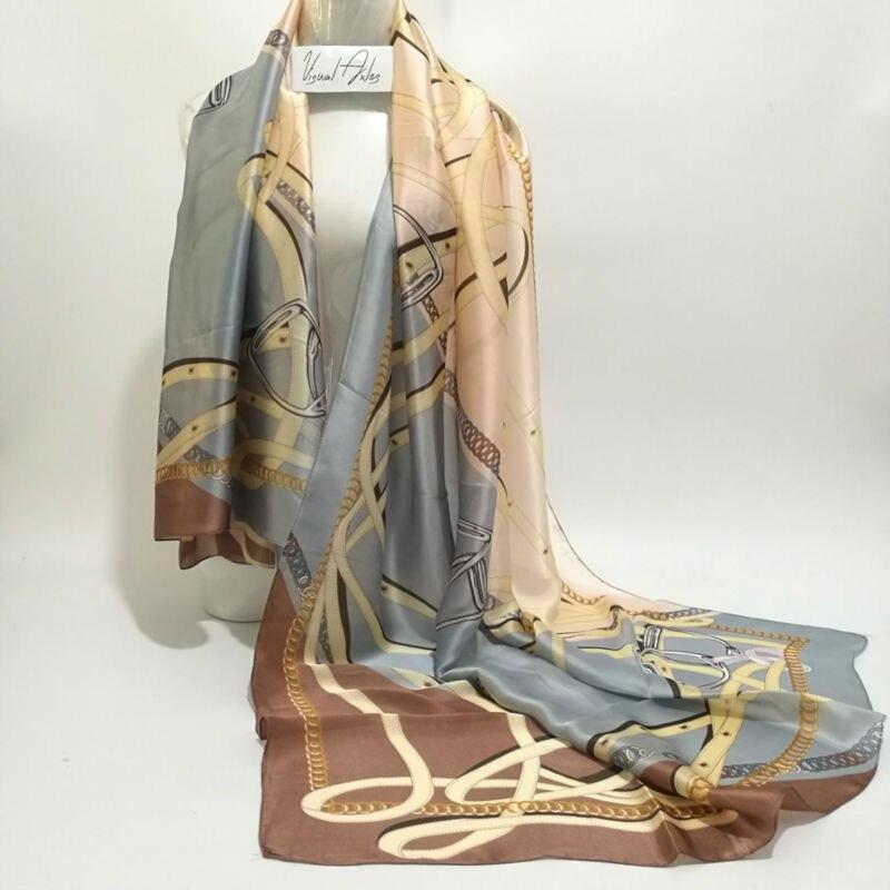 Mode Femmes En Mousseline de Soie Naturelle Écharpe Femelle De Luxe Marque  Imprimer Turc Foulard Soie Châles et Foulards Grande Taille 180 cm dans  Foulards ... 38b66a34ecf