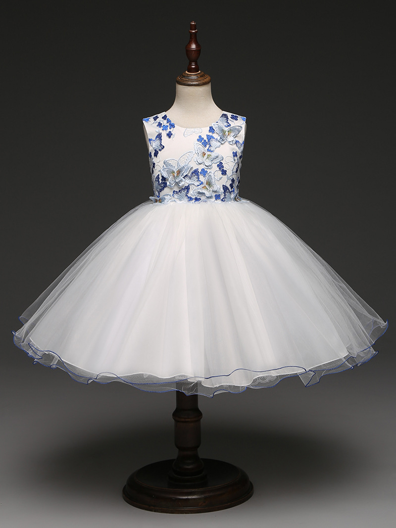 Cute Short Children Wedding Party Dress 3 To 7 8 9 Years Old White and Blue 3D Butterflies Applique Girls Embroidery Dresses